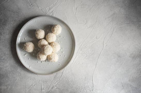 cocounut cookies balls