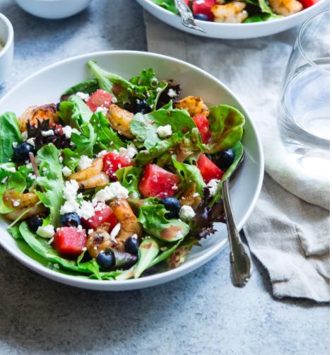 colorfull chopped salad